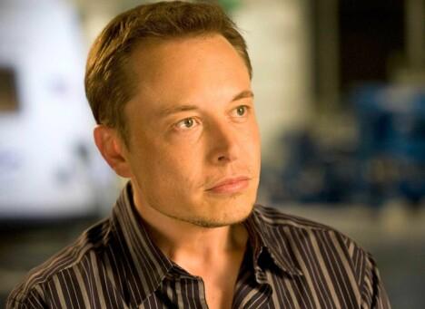 <b>KREVENDE SJEF: </b>Elon Musk har markert seg som en visjonær leder av Tesla – og får en stor del av æren for at de faktisk har klart å utfordre den etablerte bilbransjen.