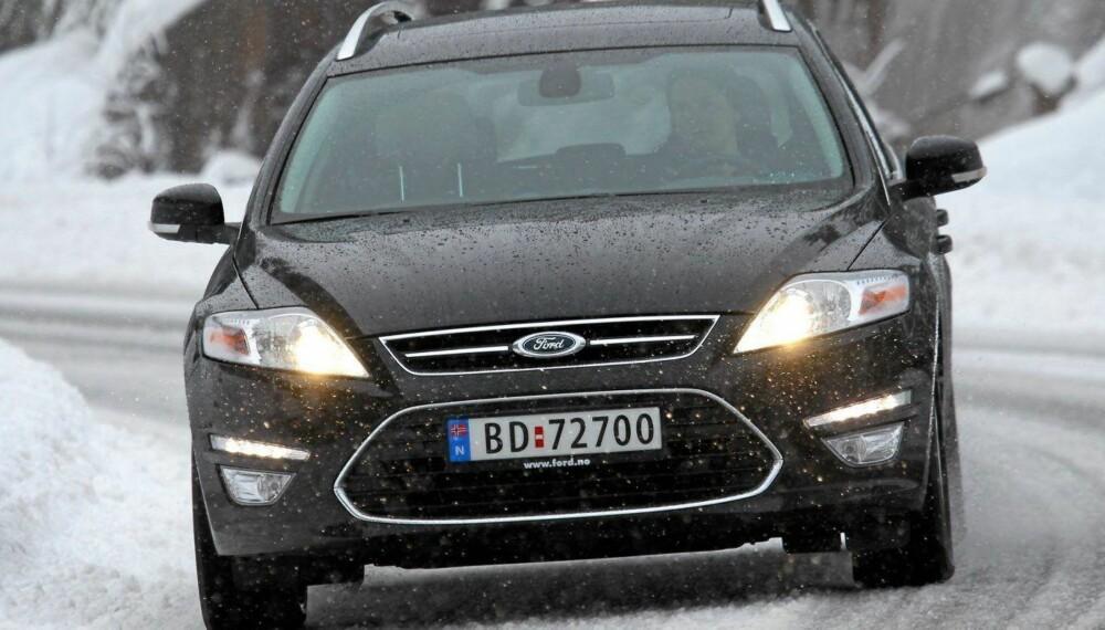 <b>SIVIL?</b> En Ford Mondeo, men er det en privatbil eller en sivil politibil?