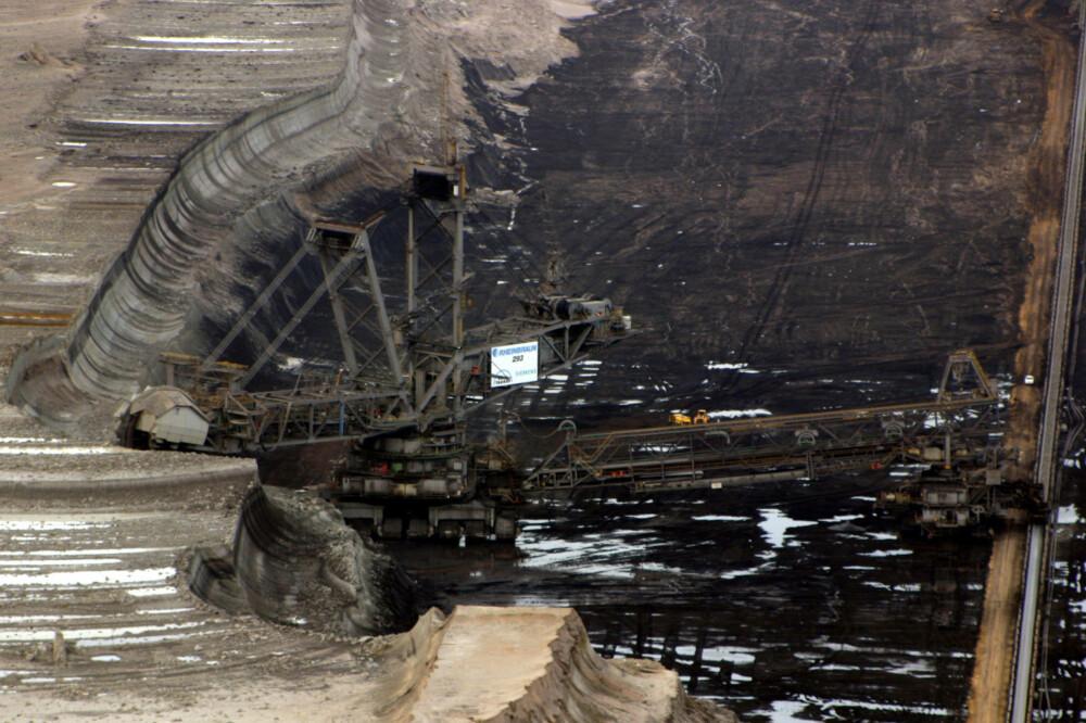 KJEMPESTOREBROR: Bagger 293 på jobb i en kullgruve i Tyskland.