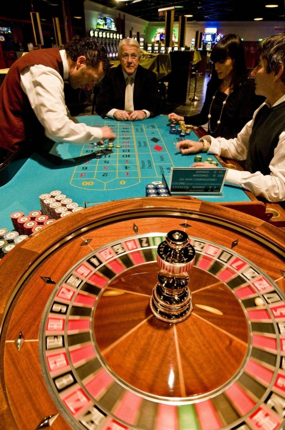 FLAKS: Stein Smith sier han har vunnet mye, men også tapt store summer på casino. En gang flaksen kom var da han spilte roulette på en skiferie i Østerriket.