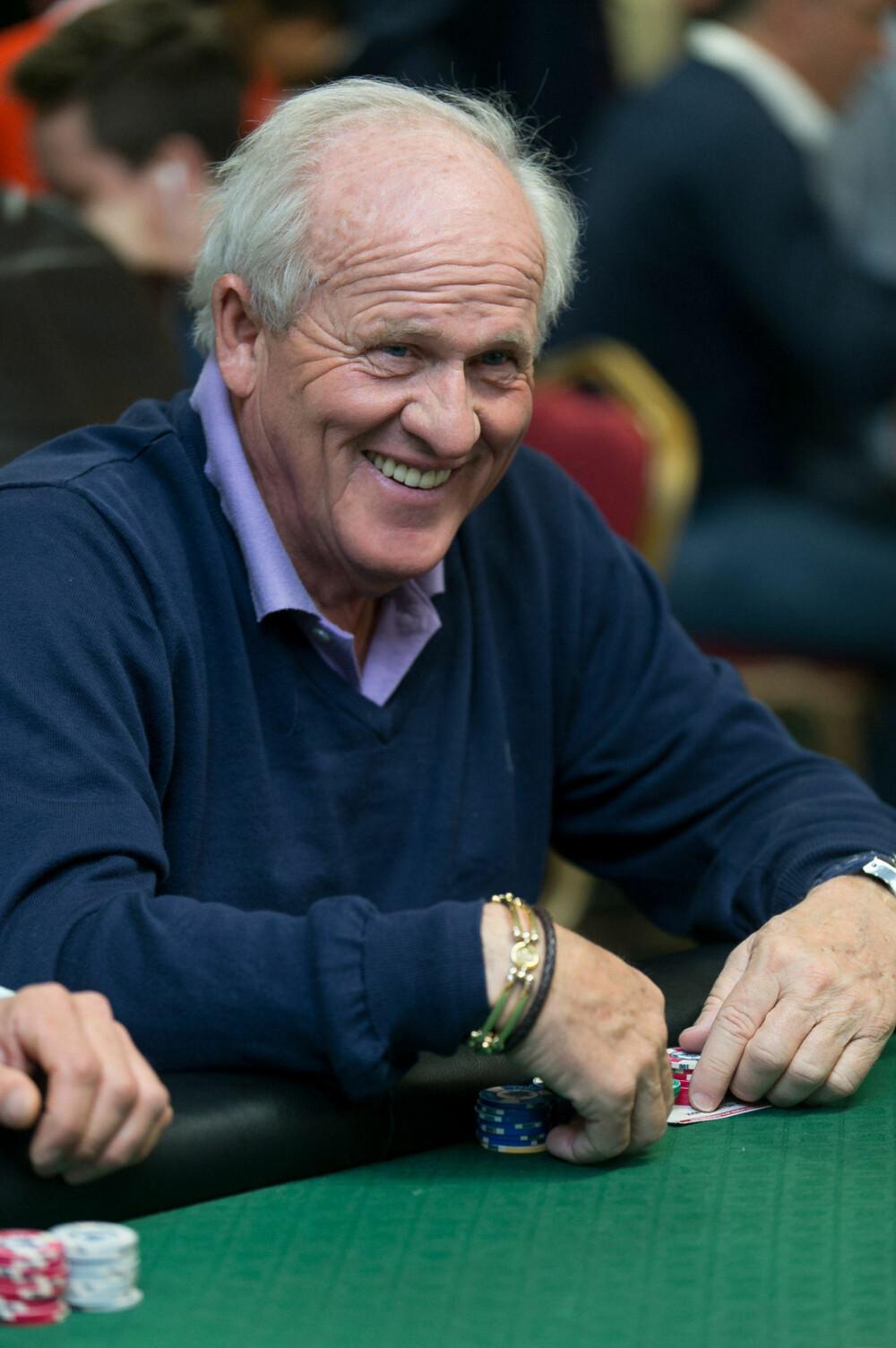 LIKER POKER: Stein Smith var selvfølgelig med i hovedturneringen i norgesmesterskapet i Dublin.