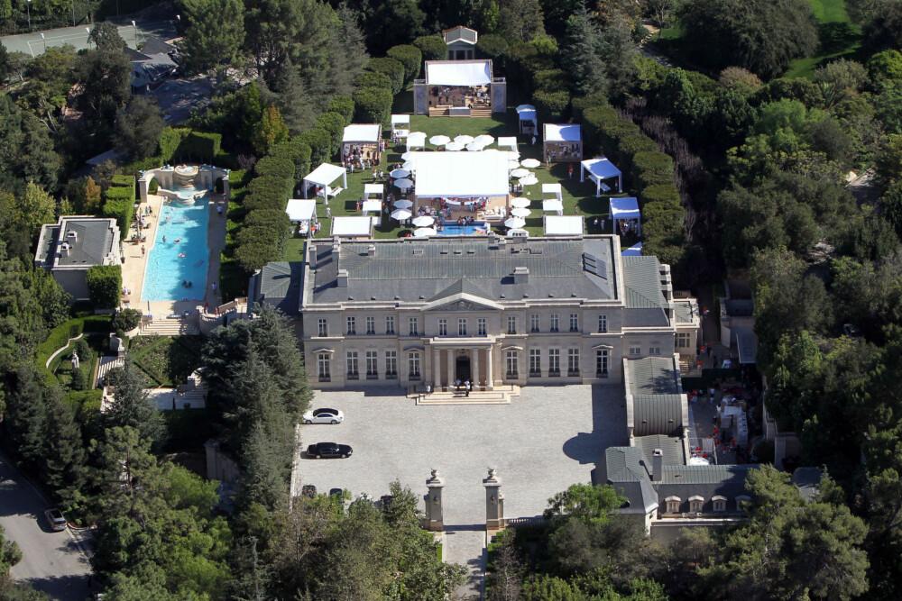 VIKTIG MED MÅL: Ifølge David Blaylock er et mål med sparingen eller en plan om hva du vil gjøre med pengene veldig lurt og kan hjelpe deg på veien til å spare mer. Kanskje et nytt hus er målet? Hva med dette herskapshuset i Beverly Hills i Los Angeles med en prislapp på over 600 millioner norske kroner?
