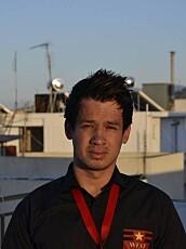 REKRUTTERER: Carl Antonio Holtlien rekrutterer unge mennesker som vil jobbe i syden.
