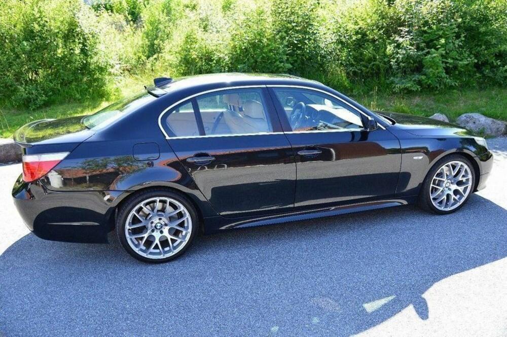 5849d5ed ET LITE KUPP: BMW 545i er en skikkelig barsking av en familiebil - med V8