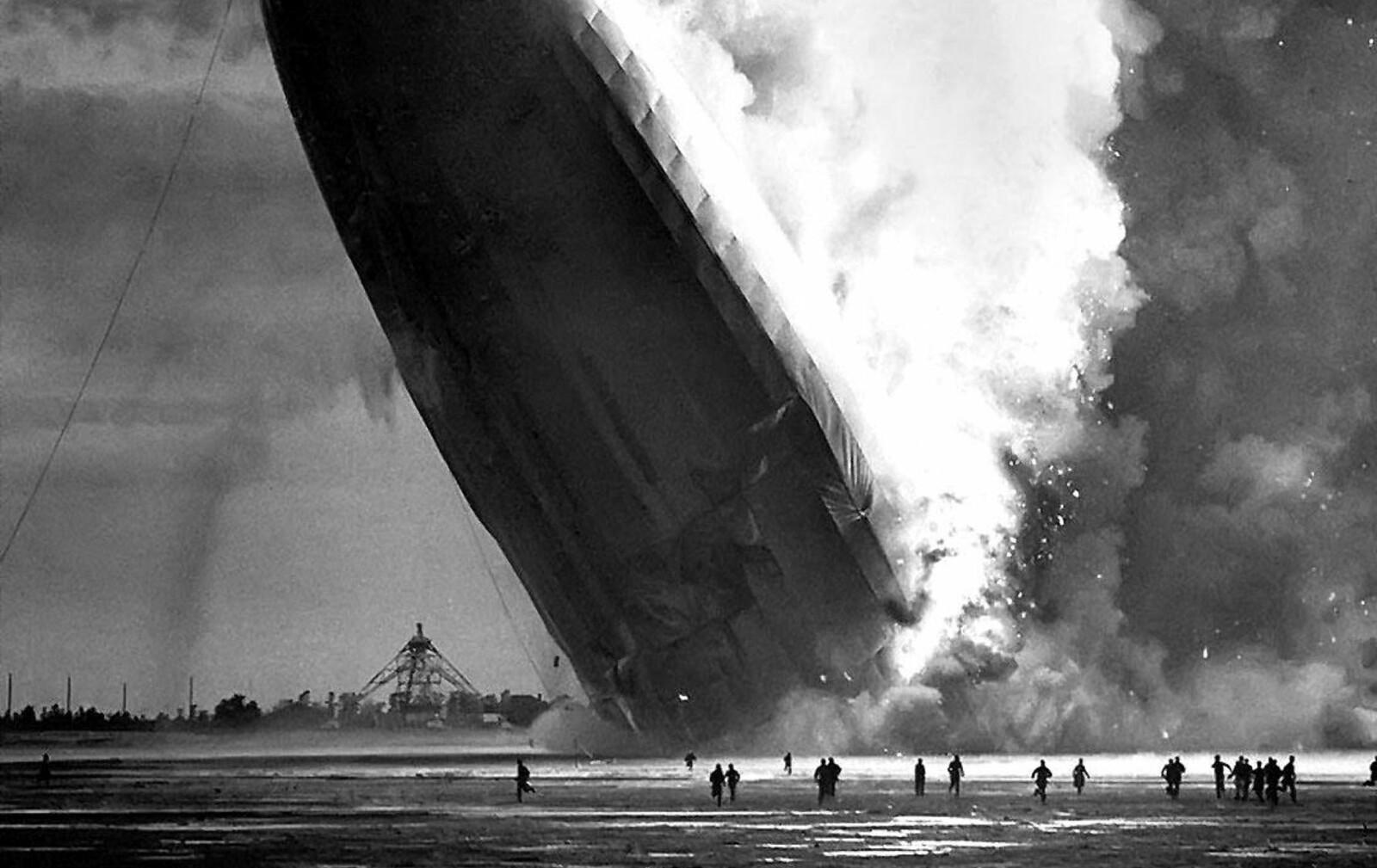 <b>HINDENBURG: </b>Luftskipet Hindenburg var en stor suksess og et tegn på tyskernes fremskritt og ingeniørkunst. Det varte i om lag ett år før det luksuriøse luksusskipet styrtet i et flammehav og krevde 36 menneskeliv.