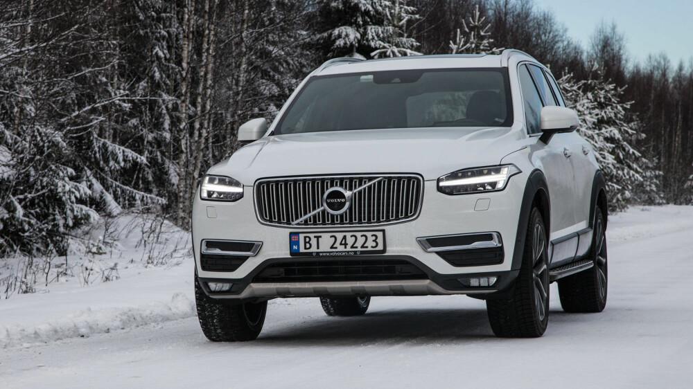 ELEGANT: XC90 er defintivt en av de mer interessante SUV-ene rent designmessig. Det er klassisk Volvo, bare mye bedre.