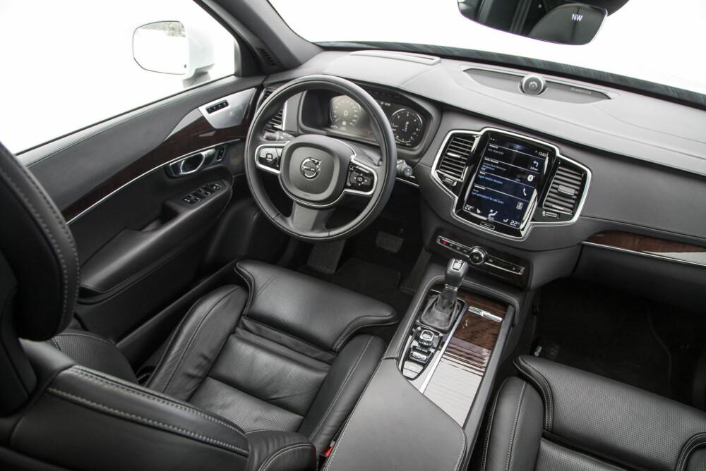 """Testbilen har """"alt"""" av utstyr - men oppfattes da også svært god innvendig."""