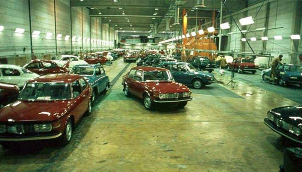 Dette bildet viser sluttmonteringen på Saab-fabrikken i 1972, lenge før alt gikk skeis …