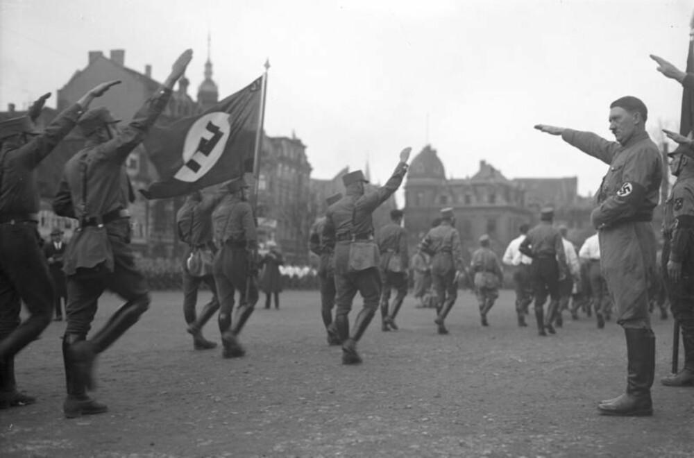 Adolf Hitler i 1932