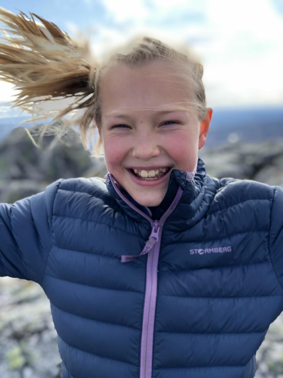 FUNKER IKKE HELT: Portrettfunksjonen muliggjort med iPhone 7 Plus og iPhone 8 Plus kan løfte bildene dine betraktelig. Men selv om prosessoren A11 Bionic er kraftig, kan den bli satt ut av hår som blåser i vinden.