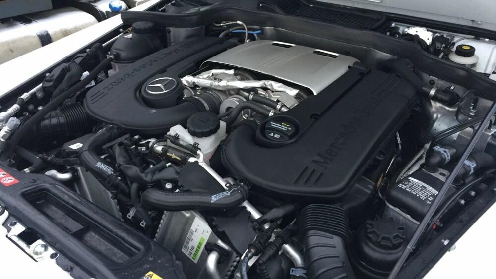 V8: Motoren er en 4,0-liters V8 biturbo med 422 hk.