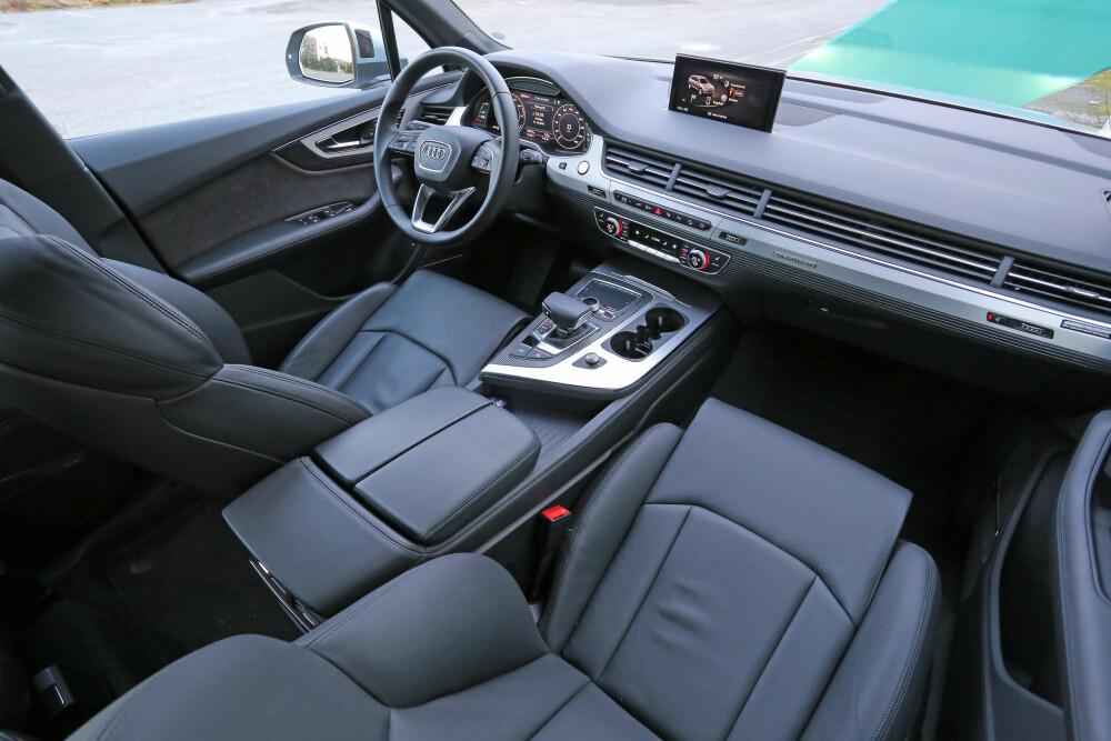 HØVDINGSETE: Det er ikke ulyder i Audi Q7. Det er en av flere ting som får den til å virke som den fremste blant luksus-SUV-er.