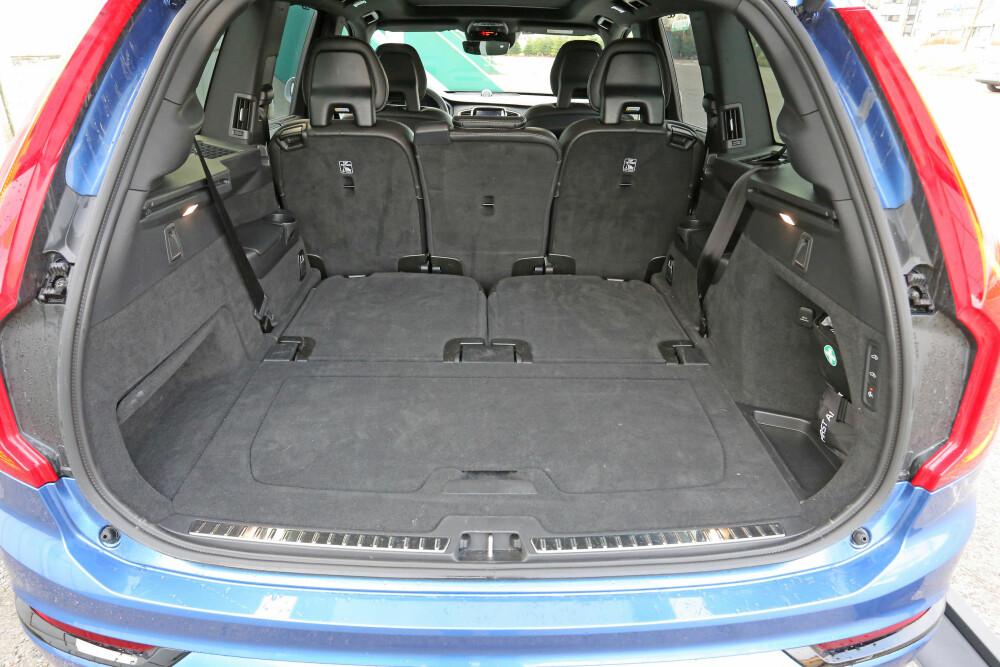 SVENSK FORNUFT: VOLVO XC90 er bilen du skal se på om du noen ganger skal ha maksimal bagasjeplass, andre ganger inntil seks passasjerer pluss deg selv.