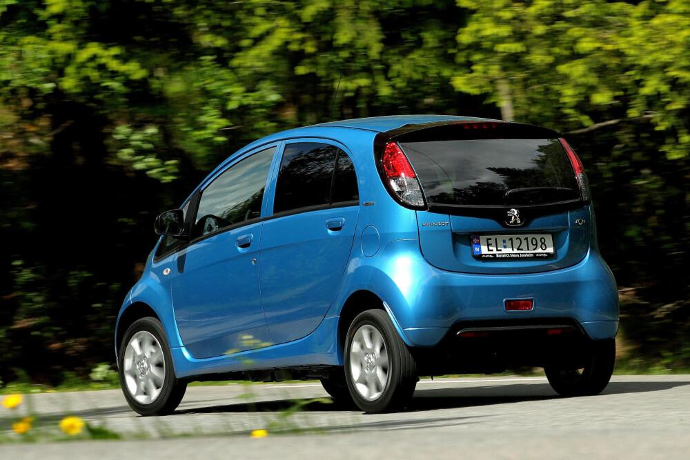 BILLIGST: De tre mini-trillingene fra Mitsubishi, Peugeot og Citroen finnes til sammen i rundt 90 eksemplarer som brukt. Priser fra ca. 60 til 160 000 kroner.