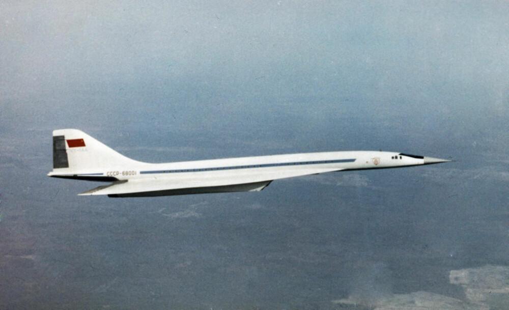 KATASTROFE: En prototype av Tu-144 i lufta 1. februar 1969. Fire år senere eksploderte flyet i luften under en flyoppvisning i Paris.