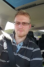 TUNGSOLGT: Svein Andreas sier han ble sjokkert over hvor tungsolgt hybridbilen var.