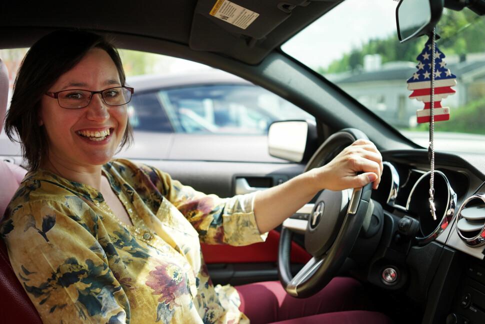 <b>BURSDAGSPRESANG: </b>Nikol Balak syntes hun fortjente en Ford Mustang i 30-årspresang. Og kjøpte en til seg selv.