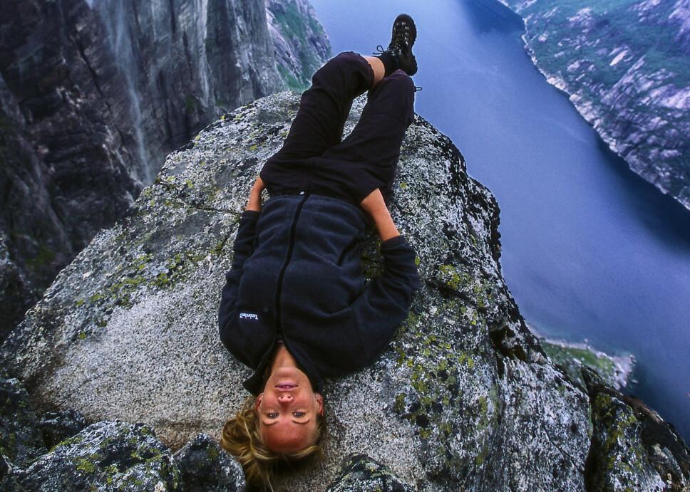 <b>KJÆRAG: </b>Selve majesteten i Lysefjorden. Med 1000 loddrette meter ned i fjorden med blankskurt granittberg er dette en krevende tur på merket sti.