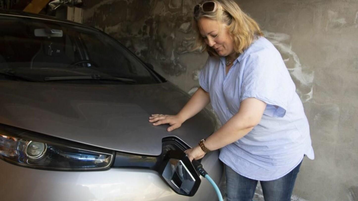 <b>SPAR TUSENLAPPER:</b> Elbiler har stor lagringskapasitet for strøm. Om ikke lenge kan det gjør at du kan gjøre store besparelser på strømregningen.