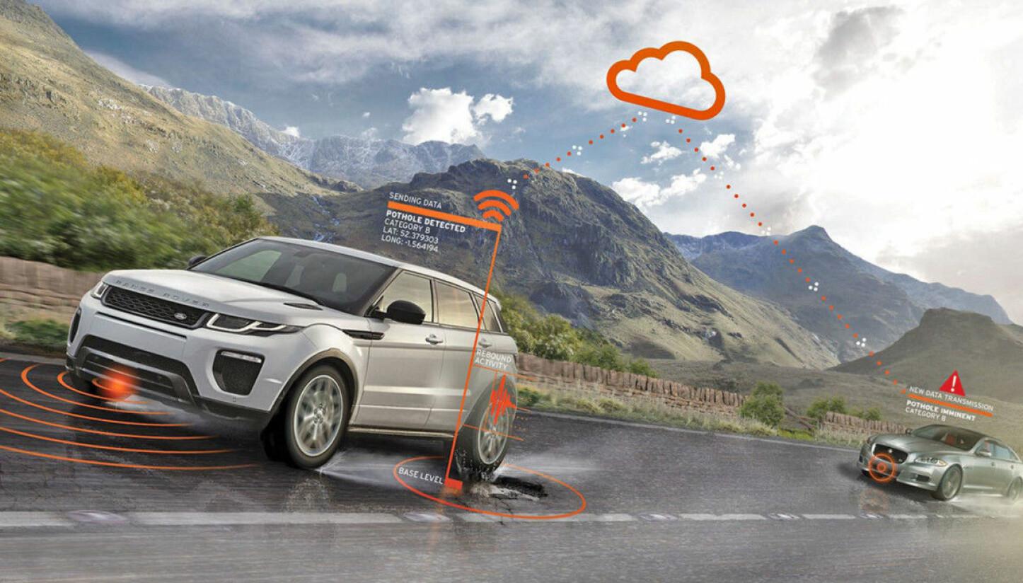 <b>FREMTIDEN: </b> Flere bilprodusenter tester ut systemer der bilene samler inn informasjon og deler den med andre. Nå har Jaguar Land Rover et prøveprosjekt der informasjon om veistandarden også blir rapport direkte til de som har ansvaret for å vedlikeholde veiene.