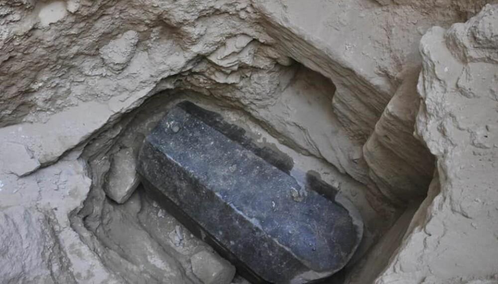 <b>MYSTISK:</b> Internett har spekulert i om det er alt ifra graven til Alexander den store til at det hviler en forbannelse over sarkofagen. Nå er den endelig åpnet.