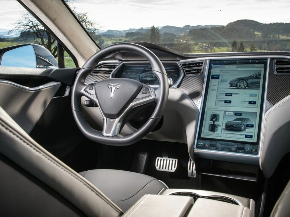 Tesla-salget går fremdeles bra i Norge. Nå kan kan du få en Model S eller X på bare to uker.