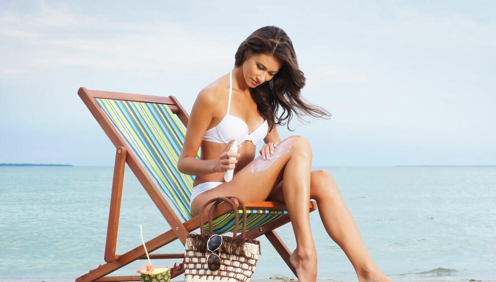 <b>SOLKREM: </b>Å smøre seg inn med solkrem på solfylte dager er viktig, men gjør du det riktig?