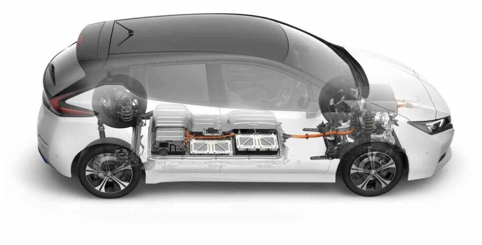 <b>WLTP UTSATT: </b>Elbilene, her representert ved bestselgeren Nissan Leaf, går sin seiersgang i det norske markedet. Etter det nye målestystemet, risikerer bensin- og dieselbilene å bli mye dyrere allerede fra årsskiftet. Nå er dette utsatt.