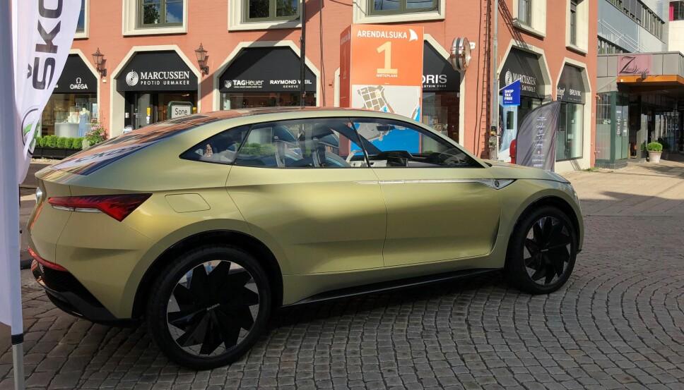 <b>KONSEPTBIL:</b> Bilen som vises fram i Arendal er åpenbart en konseptmodell. Vision E kommer ganske sikkert til å få en del designendringer før den er klar for norske veier i 2020.