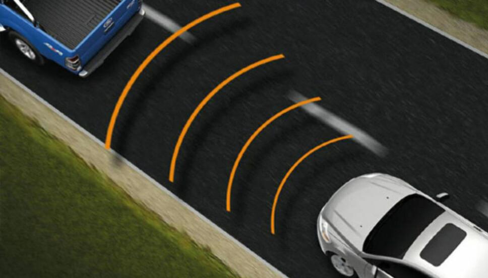 <b>GULL VERDT: </b>Adaptiv cruisekontroll gjør at bilen automatisk holder samme avstand til bilen foran. Det er gull verdt blant annet i køkjøring, samtidig som dette også er viktig for å unngå sammenstøt.