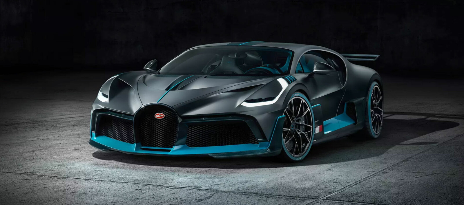 Her er Bugatti Divo. Pris: 50 millioner kroner - Motor
