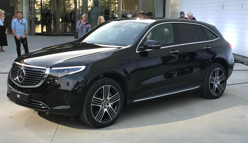<b>PÅ STØRRELSE MED GLC:</b> Mercedes' første elbil er på størrelse med bestselgeren GLC. På et drøyt halvt år hadde 1800 nordmenn betalt depositumet på 20.019 kroner for elbilen.