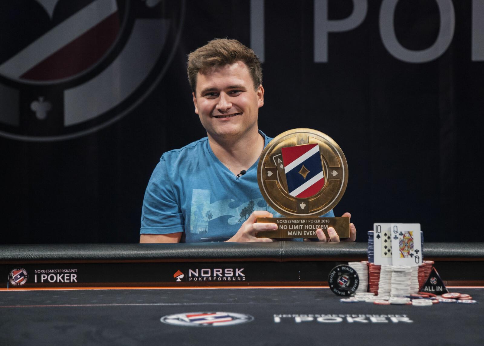 NORGESMESTER I POKER: Robert Kaggerud er vinner av Norgesmesterskapet i poker 2018.