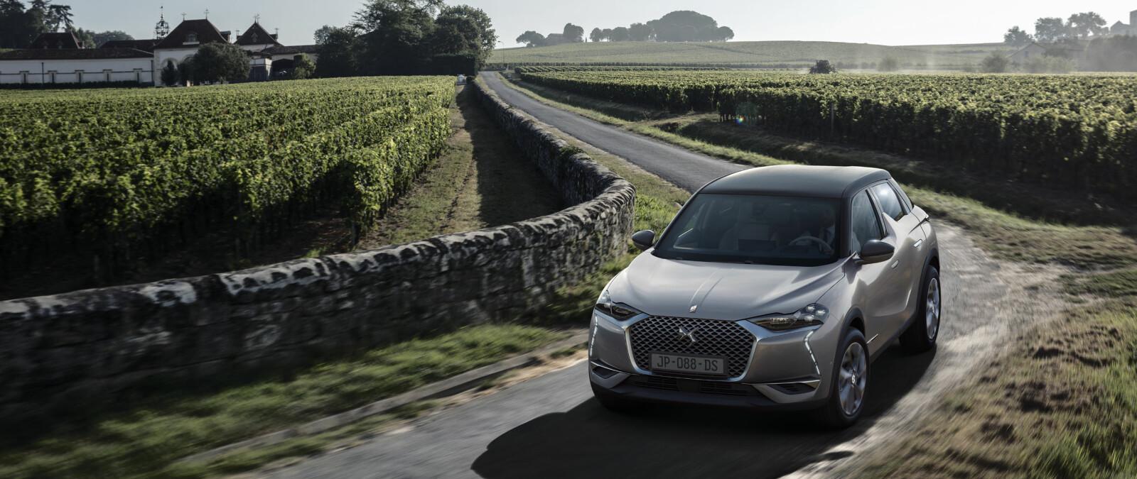 <b>DS 3 CROSSBACK E-TENSE:</b> DS kommer med elbil med rekkevidde på 300 km (WLTP). Nordmenn kan bestille bilen først i verden. Elbilen skal være på norske veier innen utgangen av 2019.