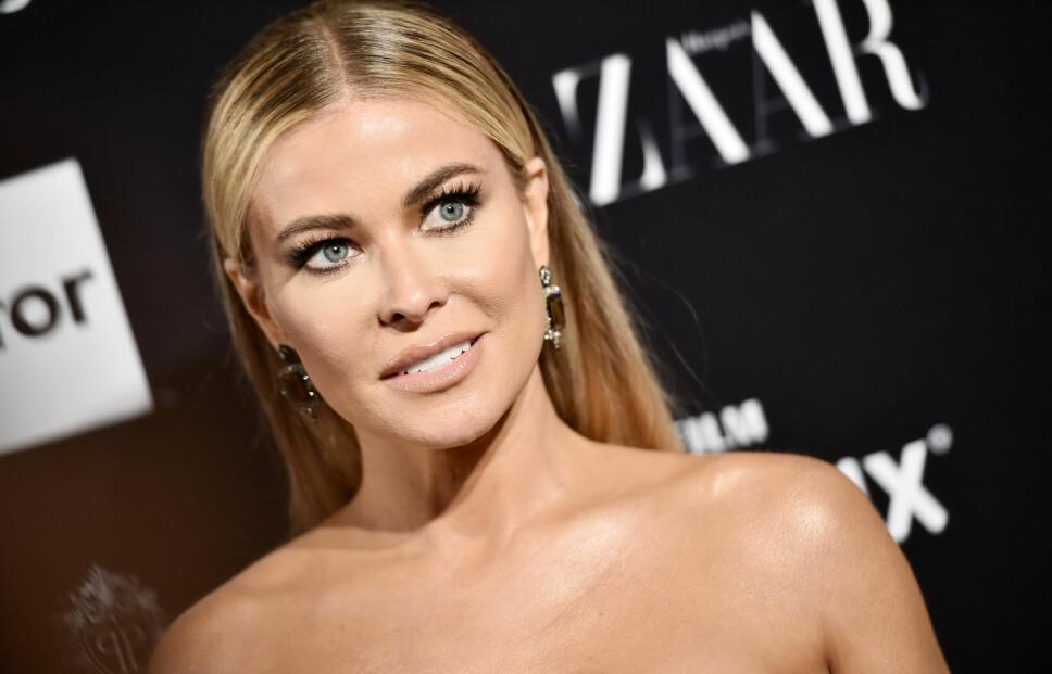 <b>CARMEN ELECTRA:</b> Carmen Electra (46) stiller opp splitter naken for kjendisfotografen Eli Russell Linnetz. Det er samme fotograf som står bak flere av Kardashian-familiens mest kontroversielle bilder.