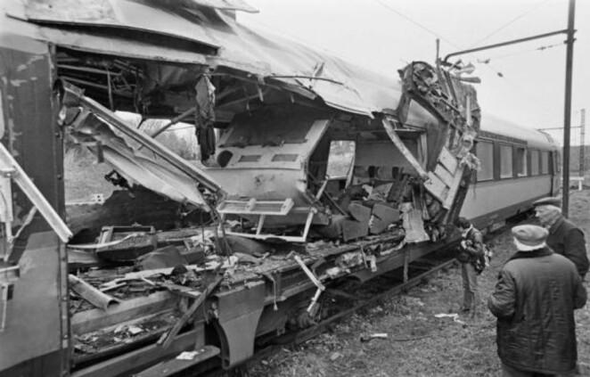 960x614_train-toulouse-paris-le-capitole-endommage-attentat-29-m