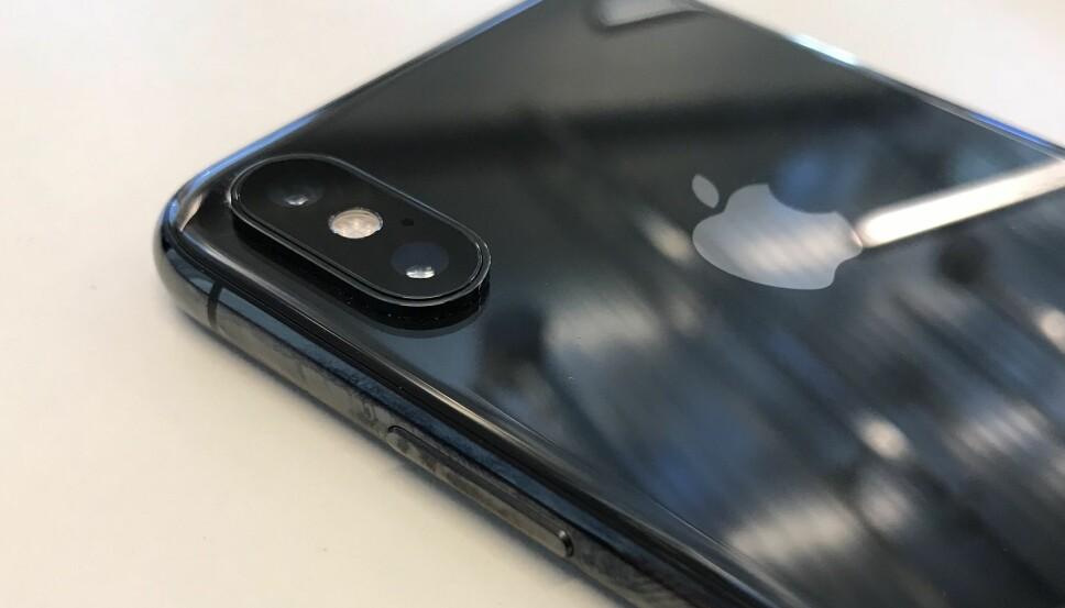 <b>TO LINSER:</b> Begge kameraene foran på iPhone Xs er på 12 megapiksler, det samme som i 2017. Forskjellen er at sensoren som registrerer bildene nå er forbedret. Blant annet tar kameraet bedre bilder i mørke omgivelser.