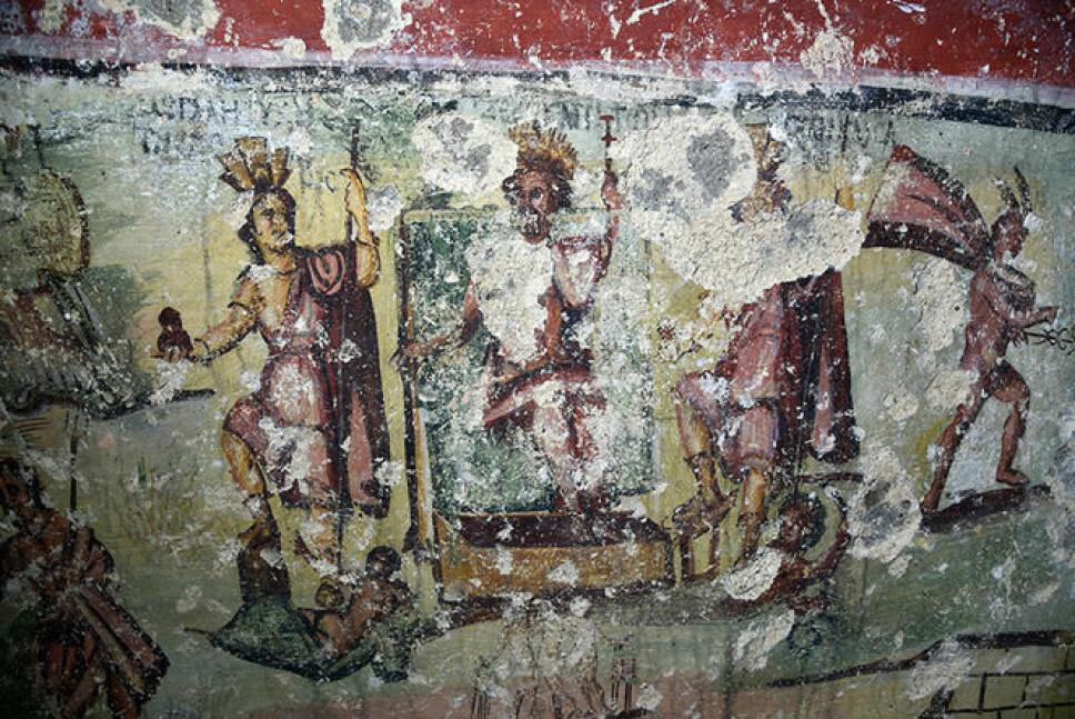 Zeus mellom de to Capitolias Fortunes og Caesarea Maritima.