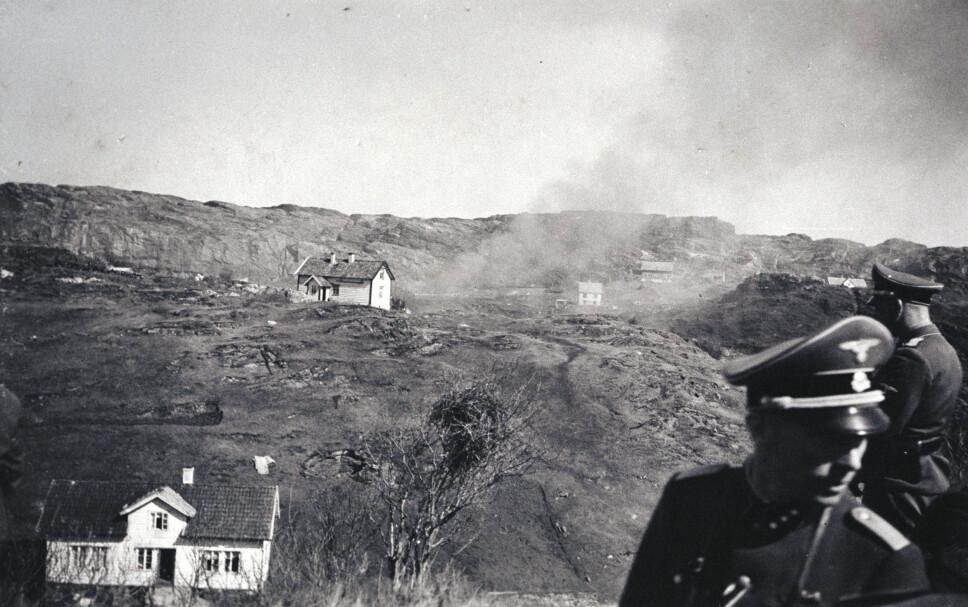 <b>Vitner:</b> Tyskerne bevitnet de brutale ødeleggelsene.