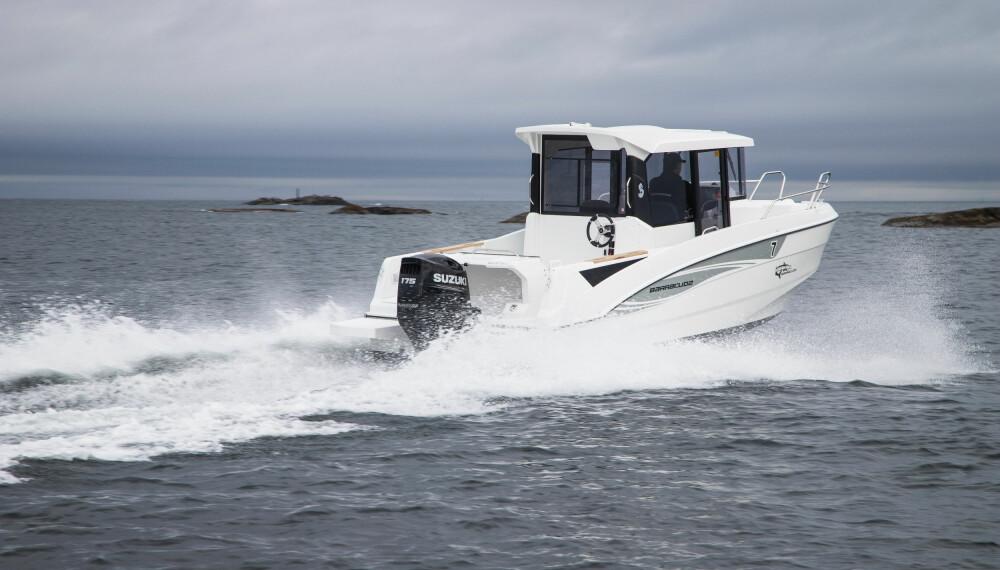 UT HAVGAPET: Barracuda 7 tåler å være utpå selv om det blåser litt.