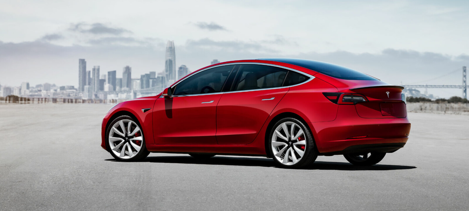 I USA solgte Tesla nesten syv ganger flere eksemplarer av Model 3 i oktober enn Model S og Model X samlet. Snart starter salget av Model 3 i Norge også.