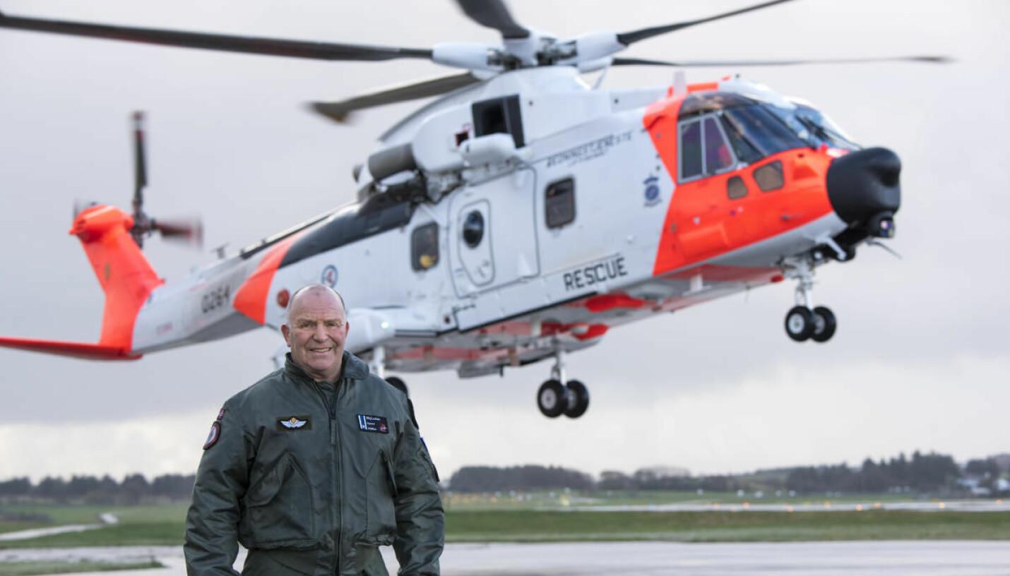 VETERAN: Sigmund Lockert  har testet fly i 32 år. Rednings-helikopteret AW101 er det nyeste og han håper å godkjenne <br>samtlige innen han går av  med pensjon.