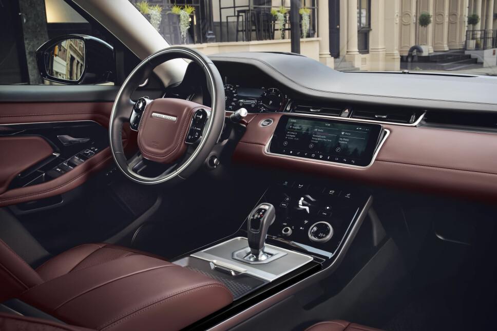 Det har skjedd mye med Range Rover-interiørene de siste årene. Evoque følger opp dette, med mange lekre detaljer.