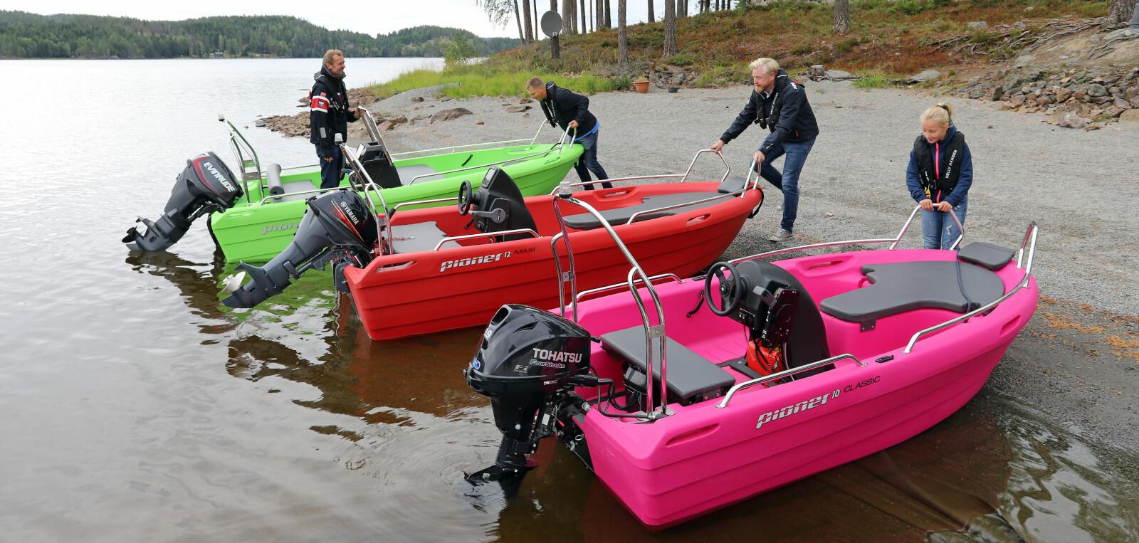 FARGERIKE: For svært mange er båtlivet blitt introdusert med Pioner, som er en norsk suksesshistorie. Og det er ingen fare for at Norge gråner med disse tre Pioner-utgavene på stranda. Og ja, du kan få dem i mindre oppsiktsvekkende versjoner også.