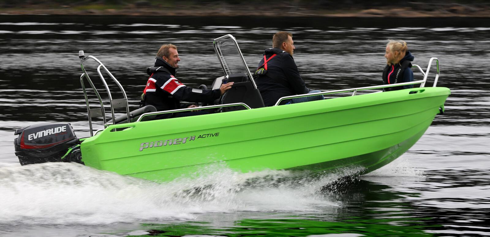 LITEN, MEN STOR: Pioner 14 Active har bredt bruksområde selv om den fortsatt har mange småbåtfortrinn i behold.