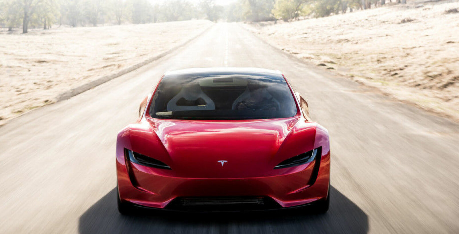 SVEVEBIL: Musk sier Tesla Roadster kanskje kan sveve over bakken.