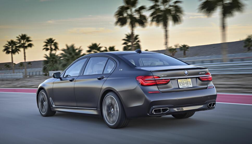 2016: Dagens versjon av BMW M760Li.