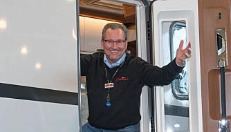 BOBILSELGER: Tommy Østli er bobilselger ved Oslo Caravan