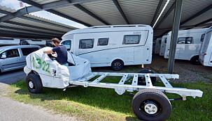 GRUNNLAGET: Flere bilprodusenter leverer chassis til bobilprodusenter.
