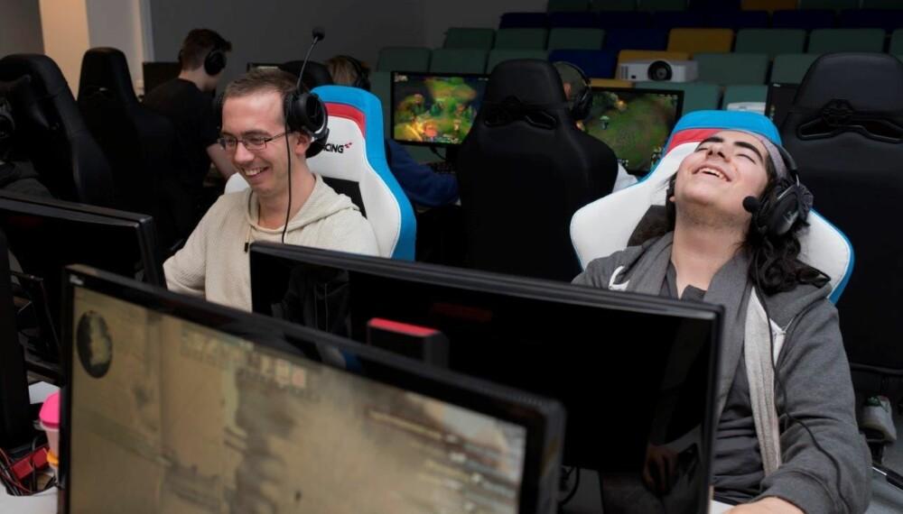 <b>VINNERVILJE: </b>Konkurranseinstinktet er sterkt, men ikke verre enn at latteren sitter løst